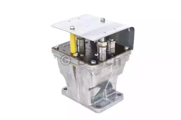 0 333 301 010 - Battery Relay